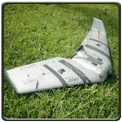An image of a Reptile S800 SkyShadow V2 RC FPV flying wing